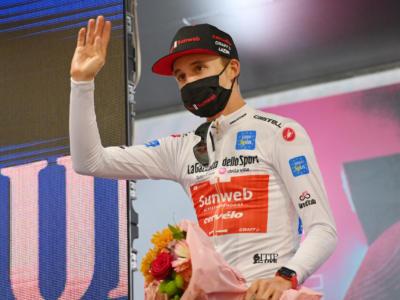 Ordine d'arrivo Giro d'Italia 2020, risultato di oggi: Tao Geoghegan Hart batte in volata Jai Hindley