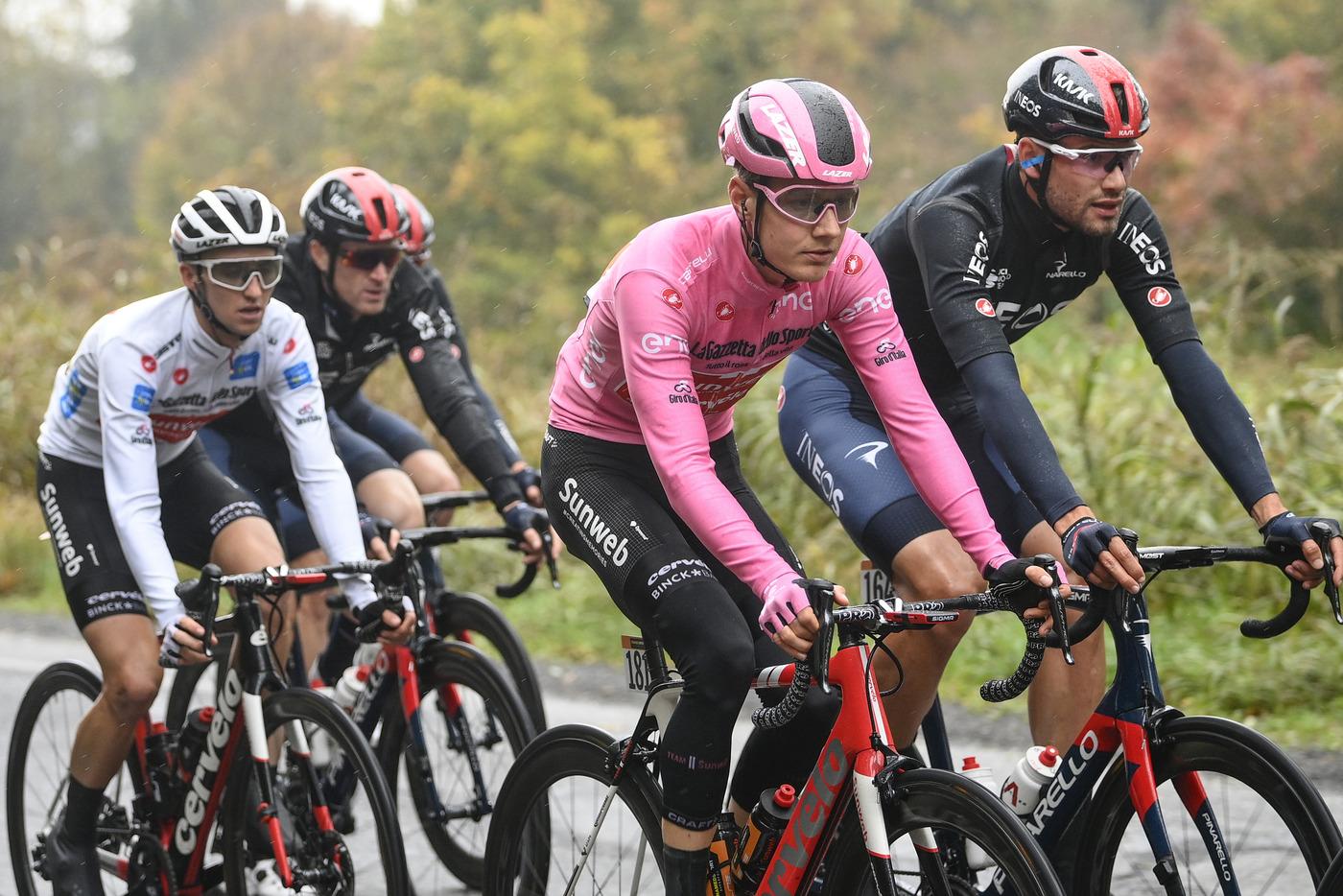 LIVE Giro d'Italia 2020, Alba Sestriere in DIRETTA: iniziata la tappa!