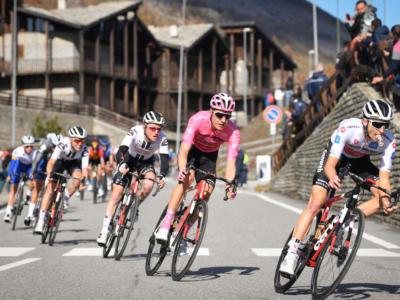 Percorso Giro d'Italia 2021, partenza dal Sud e tante montagne? Stelvio, Lussari, Fauniera. Si ricorda Dante