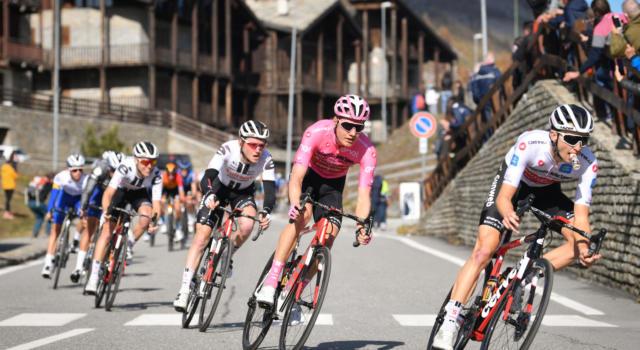 Giro d'Italia 2020, come sarà la cronometro decisiva? Il percorso: 15,7 km pianeggianti. Chi sarà la maglia rosa a Milano?