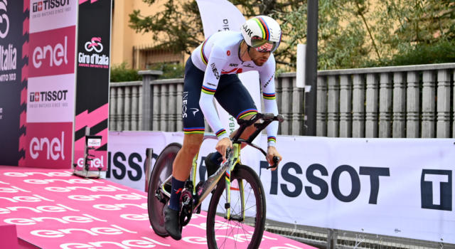 Giro d'Italia 2020, pagelle di oggi: Filippo Ganna e Tao Geoghegan Hart perfetti, INEOS Grenadiers in trionfo