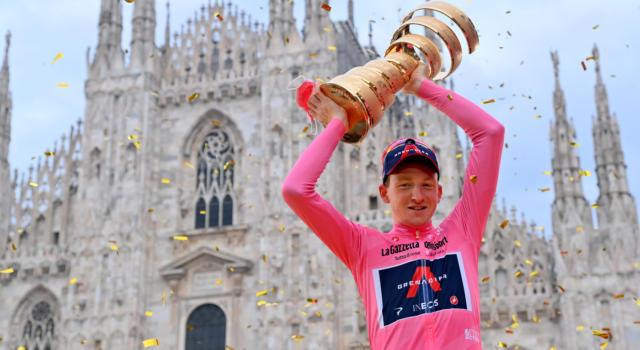 Giro d'Italia 2020: quanti soldi hanno guadagnato Nibali, Pozzovivo ed i primi 10 della classifica generale. Tutti i premi