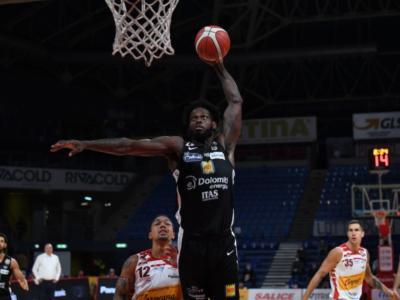 Basket, Serie A: quarta giornata. Trento espugna Pesaro, Cremona batte Varese