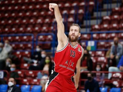 LIVE Olympiacos-Olimpia Milano 86-75, Eurolega basket in DIRETTA: Sloukas propizia la rimonta greca, prima sconfitta stagionale per i meneghini