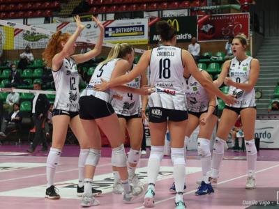 Volley femminile, Serie A1: Chieri batte Trento nel recupero e rafforza il quinto posto