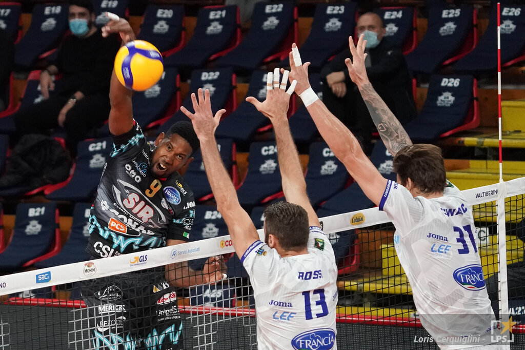 Volley, SuperLega: settima giornata. Perugia in testa, Civitanova batte Milano. Monza batte Trento: è crisi