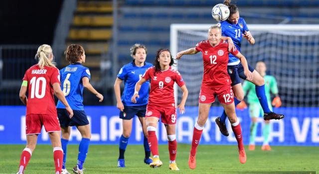 Calcio femminile, Italia-Danimarca 1-3: qualificazioni Europei 2021, le azzurre crollano in casa. Il cammino si complica