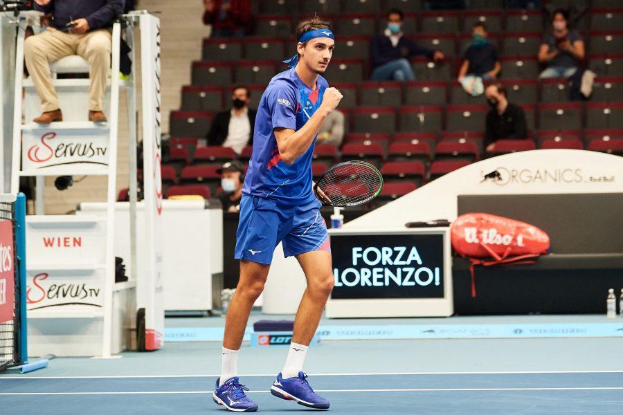 LIVE Sonego Evans 6 3, Semifinale ATP Vienna 2020 in DIRETTA: l'azzurro si prende il primo set