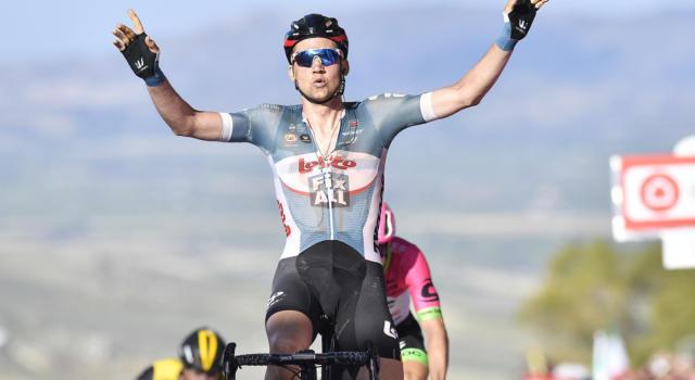 VIDEO Vuelta a España 2020, highlights tappa di oggi: Tim Wellens vince, Primoz Roglic sempre maglia rossa