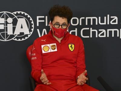 """F1, perché Binotto non è ad Abu Dhabi? Mekies: """"Non c'entra nulla con Camilleri"""" VIDEO"""