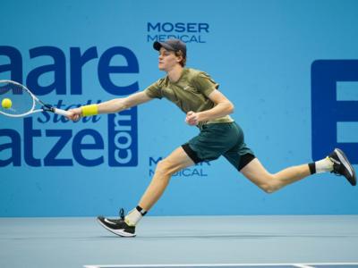 Tennis, ATP Vienna 2020: Jannik Sinner convince all'esordio. Sconfitto in due set Casper Ruud