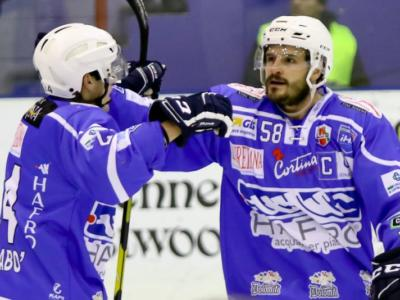 Hockey ghiaccio, Alps League 2020-2021: Cortina ha la meglio su Gherdeina in una partita pazza da 15 gol!