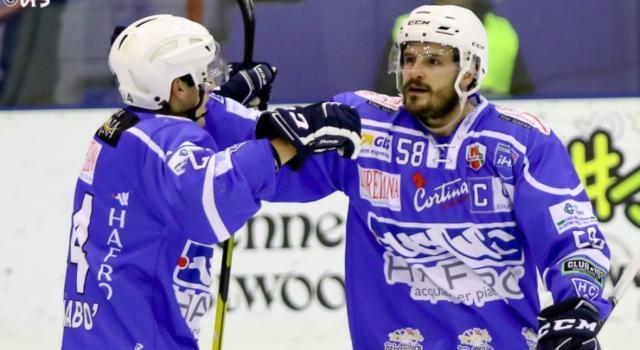 Hockey ghiaccio, Alps League 2021: Cortina vince il derby con Asiago, Fassa sconfitto dall'HK Olimpija