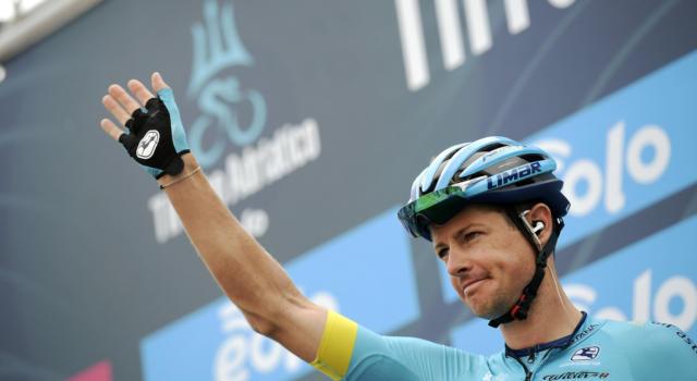"""Giro d'Italia 2020, Jakob Fuglsang: """"Un peccato per Vlasov e Lopez, domani sarà battaglia sull'Etna"""""""
