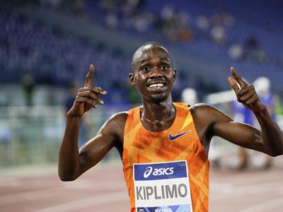 Mondiali mezza maratona 2020, risultati gara maschile. Jacob Kiplimo trionfa, Cheptegei si arrende. Faniel 26mo