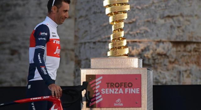 """LIVE Giro d'Italia 2020, Enna-Etna in DIRETTA: pagelle. Nibali il migliore dei big. """"Piedi per terra"""". Thomas e Yates alla deriva"""