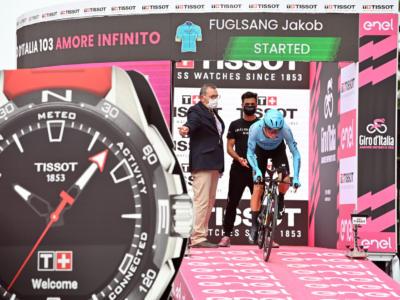 Giro d'Italia 2020, Jakob Fuglsang esce con le ossa rotte. Ora sarà corsa in rimonta