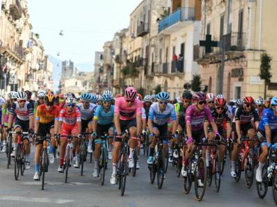 Percorso Giro d'Italia 2021: le 21 tappe della prossima edizione. Anticipazioni e indiscrezioni: si riparte dalla Sicilia, c'è il Fauniera?
