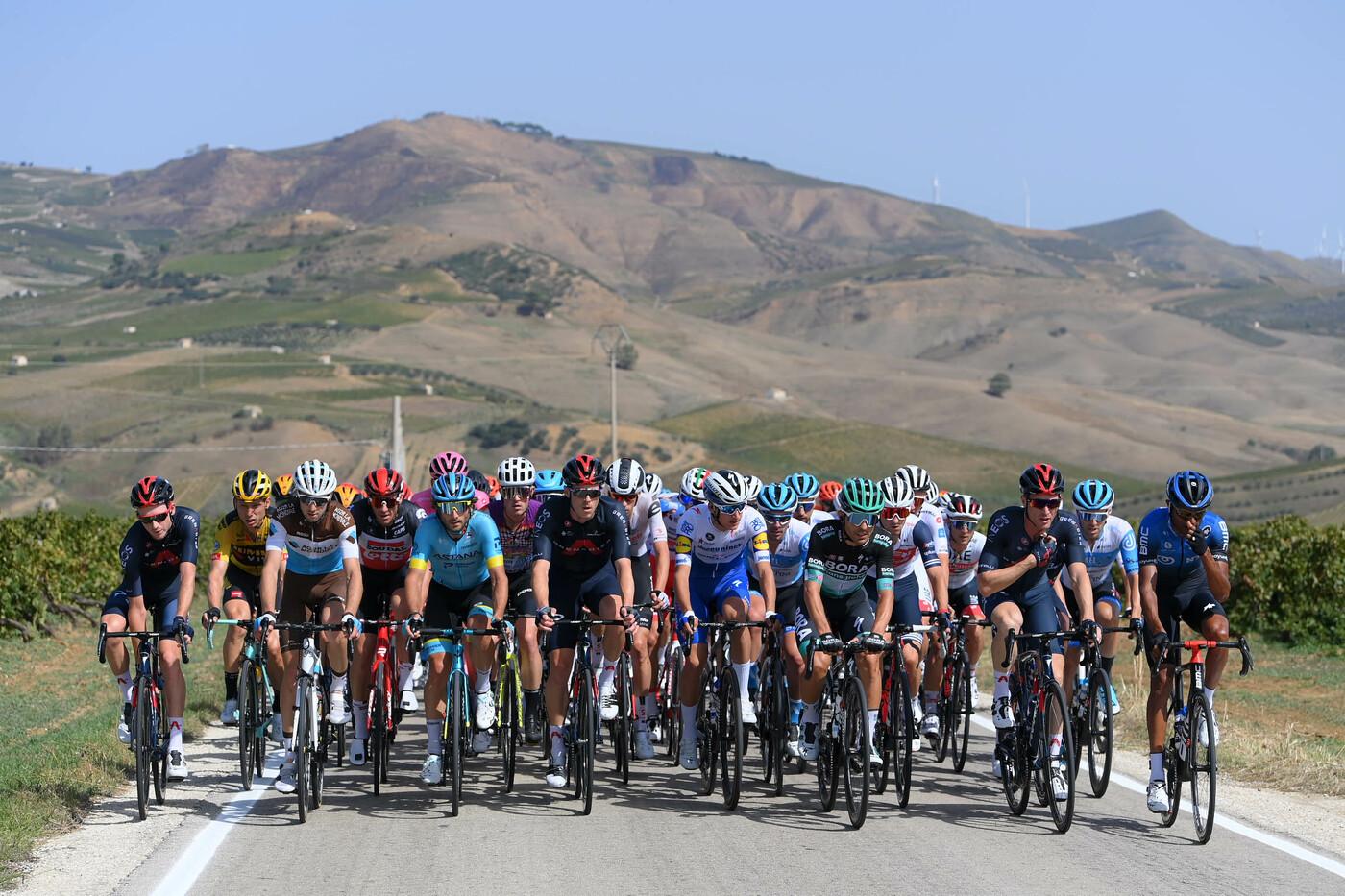 Ciclismo, Vuelta a Murcia rinviata a maggio. Niente gara il 12 13 febbraio, avvio di stagione complicato
