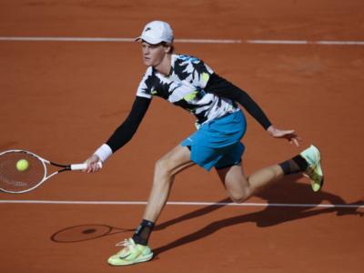 """LIVE Sinner-Nadal 6-7 4-6 1-6, Roland Garros in DIRETTA: l'azzurro è già nei primi 50 del ranking. Nadal: """"Un talento"""""""