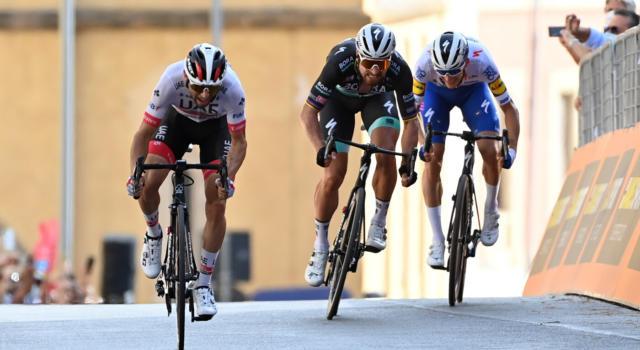 """Giro d'Italia 2020, Peter Sagan: """"Ho fatto del mio meglio ma Diego Ulissi è stato il più forte"""""""