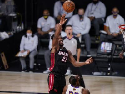 VIDEO NBA, Playoff 2020: Heat-Lakers, highlights e sintesi di gara-3. Miami accorcia le distanze grazie ad uno strepitoso Jimmy Butler