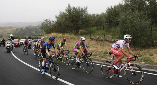 VIDEO Giro d'Italia 2020, highlights quarta tappa: a Villafranca Tirrena si impone Arnaud Demare