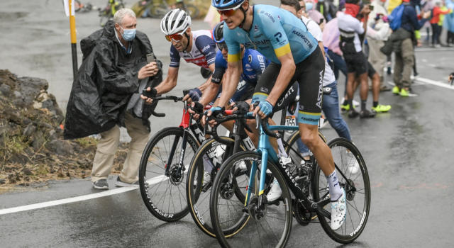 Giro d'Italia 2020, il borsino dei favoriti dopo la prima settimana. Vincenzo Nibali e Jakob Fuglsang partono alla pari