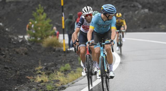 """Giro d'Italia 2020, Jakob Fuglsang chiarisce la polemica con Nibali: """"Mi dispiace molto, è stato un problema di traduzione. Amo l'Italia"""""""