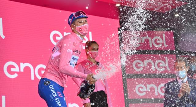 """Classifica Giro d'Italia 2020, quinta tappa: 5° Vincenzo Nibali a 1'01"""" da Almeida, 6° Pozzovivo"""