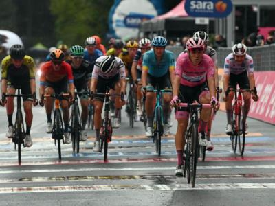 Giro d'Italia 2020, che spettacolo! Tappe avvicenti e imprevedibili! Che differenza con la noia del Tour…