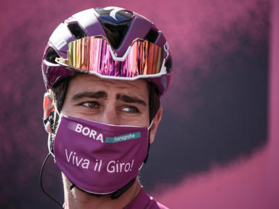 VIDEO Giro d'Italia 2020, highlights decima tappa: vittoria solitaria di Peter Sagan a Tortoreto