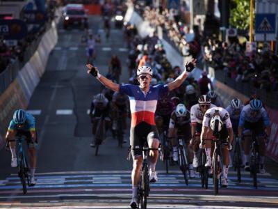 Volta a la Comunitat Valenciana 2021, secondo successo per Demare. Küng trionfa nella generale