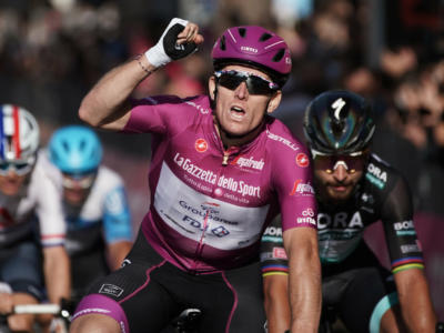 Giro d'Italia 2020, tutte le classifiche dopo la 18ma tappa: Kelderman maglia rosa, Guerreiro leader dei GPM