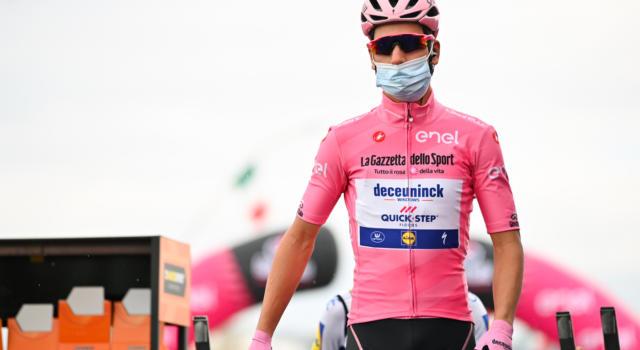 """Giro d'Italia 2020, Joao Almeida: """"La squadra oggi ha fatto un lavoro incredibile. Ho ancora la maglia rosa grazie ai miei compagni"""""""
