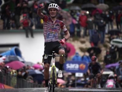 Pagelle Giro d'Italia 2020, tappa di oggi: Ruben Guerreiro perfetto a Roccaraso, Nibali perde lo scontro con Fuglsang