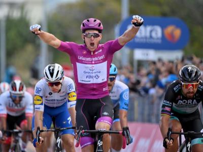 Ordine d'arrivo Giro d'Italia 2020, risultato di oggi: Dèmare è il padrone delle volate! Battuti Sagan e Hodeg, 4° Consonni