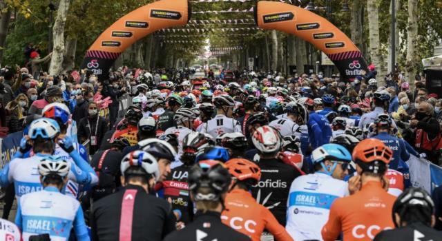 Ciclismo, nuove indiscrezioni sul Giro d'Italia 2021: Foggia sede di tappa nel primo weekend?