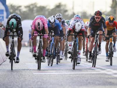 VIDEO Giro d'Italia 2020, highlights tredicesima tappa. Diego Ulissi trionfa, Almeida 2°: la maglia rosa guadagna l'abbuono
