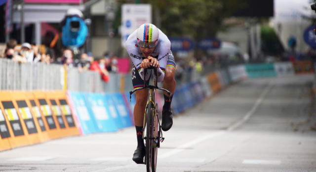Ciclismo, il 2020 dell'Italia: Filippo Ganna e Giacomo Nizzolo, trionfi di peso. Ma che penuria nelle corse a tappe…