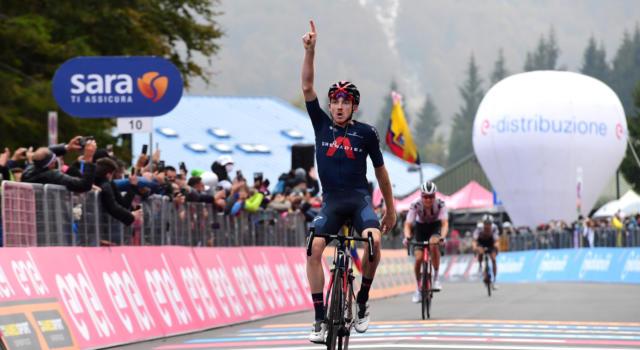 VIDEO Giro d'Italia 2020, highlights 15ma tappa. Nibali sprofonda, Kelderman recupera su Almeida, vince Gheoghegan Hart
