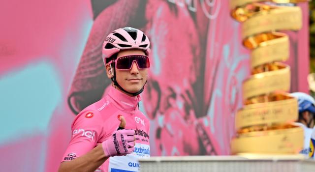 """Classifica Giro d'Italia 2020, 17ma tappa: Almeida resta in rosa. Nulla di fatto sulle Dolomiti, Nibali 7° a 3'31"""". Domani lo Stelvio!"""