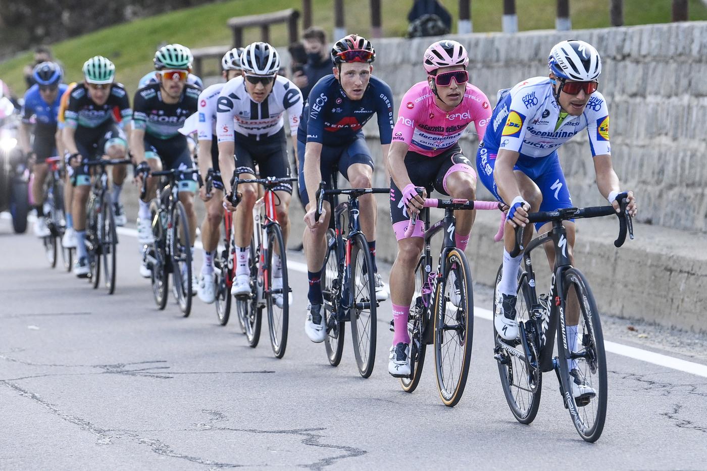 Giro d'Italia 2020, domani la tappa regina: Stelvio e Torri di Fraele. Cima Coppi, 4 GPM e freddo pungente. L'altimetria per ribaltare tutto