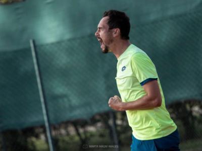 Tennis, ATP Delray Beach 2021: Gianluca Mager vince con grinta contro Ryan Harrison e conquista il 2° turno