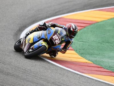 Moto2, GP Europa 2020: Sam Lowes cade a Valencia! Un errore che potrebbe favorire i piloti italiani