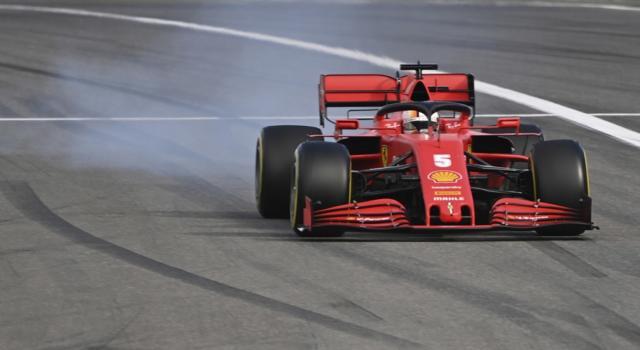 """F1, Sebastian Vettel: """"La SF1000 non era veloce, gli aggiornamenti non hanno funzionato in gara"""""""