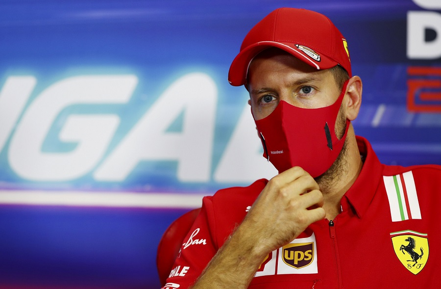 """F1, Sebastian Vettel: """"Il problema della Ferrari è l'aerodinamica, persi i nostri obiettivi. Mercedes non vince per fortuna"""""""