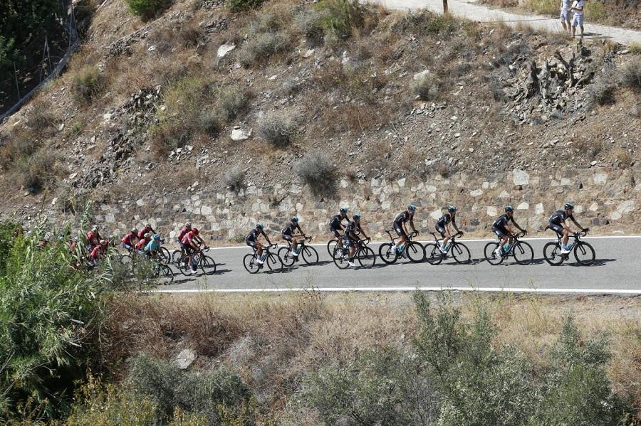 Ciclismo, Vuelta al Tachira 2021: Roniel Campos supera l'eterno Oscar Sevilla a Mérida. Il diciottenne Santiago Umba dell'Androni chiude quinto