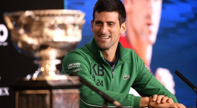 VIDEO Tennis: gli allenamenti sulla neve di Novak Djokovic