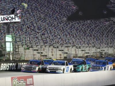 NASCAR Truck Series, Zane Smith insegue il titolo da esordiente!